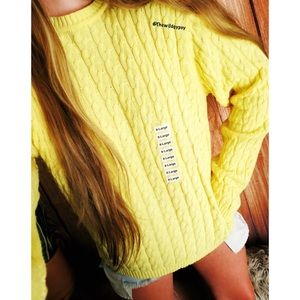 NWT Vibrant yellow cable knit sweater 🌞
